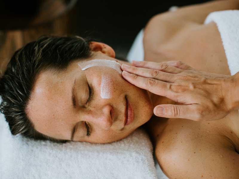 Pamper massage - 90 mins
